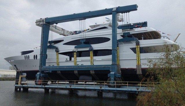 Lady Sura Charter Yacht - 3