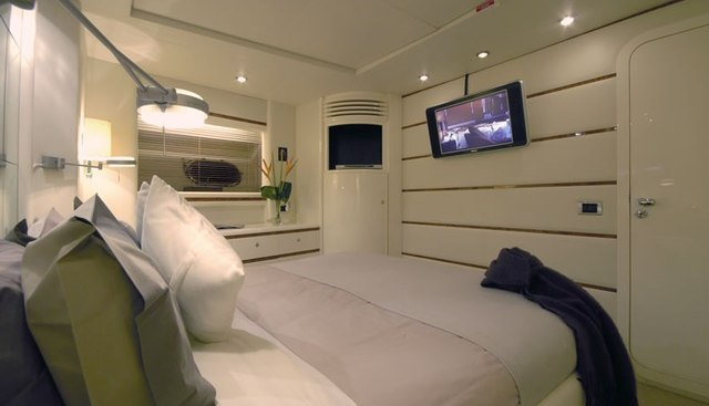 Diversion Charter Yacht - 6