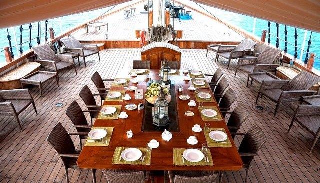 Mutiara Laut Charter Yacht - 4