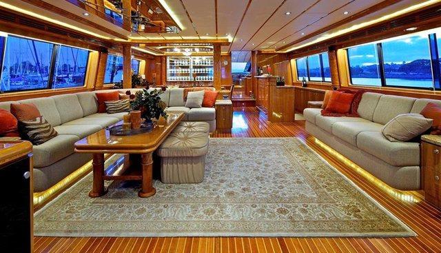 C'est La Vie Charter Yacht - 6