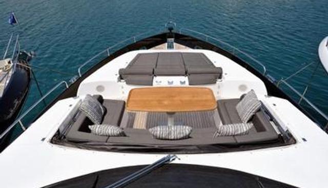 Free Willi Charter Yacht - 8