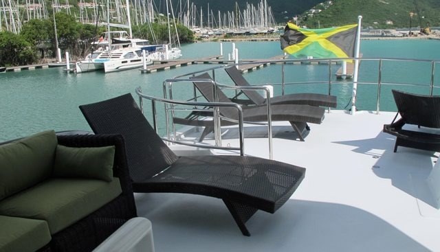 Decompression Charter Yacht - 7