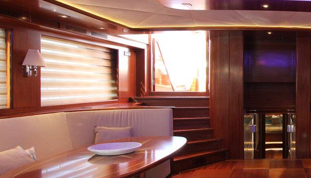 Carpe Diem V Charter Yacht - 7
