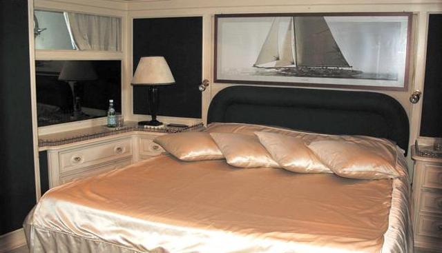 African Queen II Charter Yacht - 3