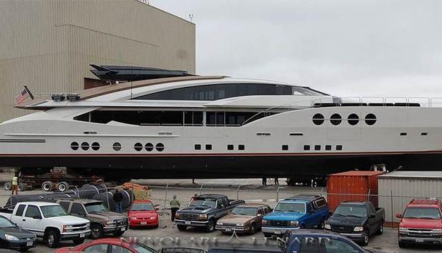 Lady M Charter Yacht - 3