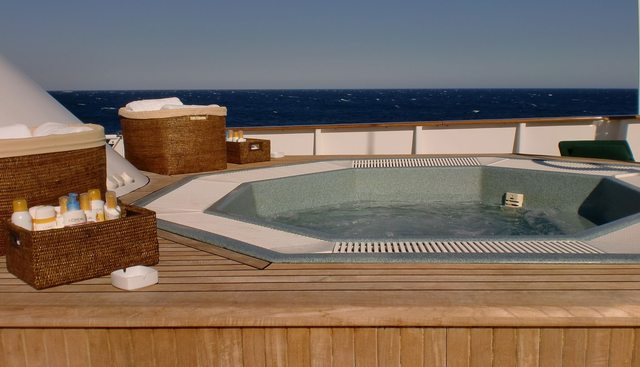 Esmeralda Charter Yacht - 4