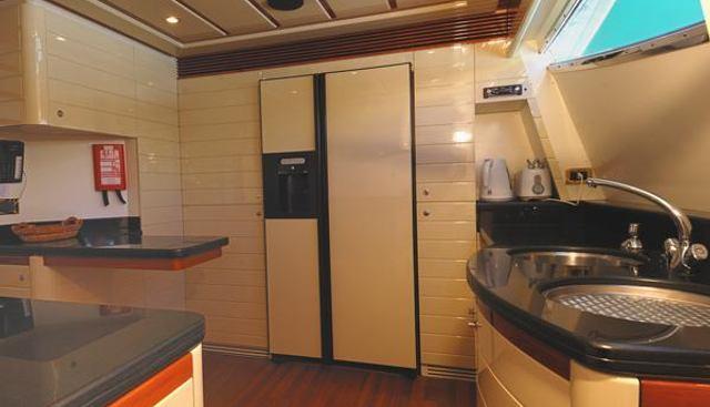 Lady Y Charter Yacht - 5