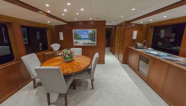 Checkers Charter Yacht - 7