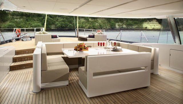 Red Dragon Charter Yacht - 4