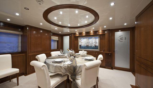 Mrs White Charter Yacht - 5