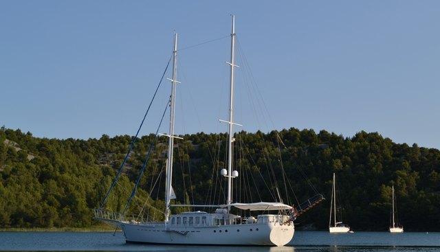 Dvi Marije Charter Yacht - 2