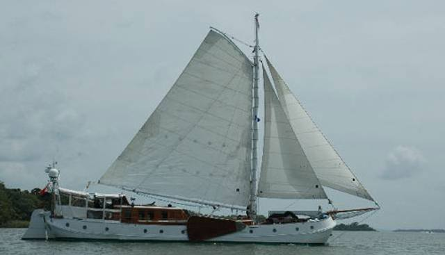 De Vrouwe Christina Charter Yacht - 4