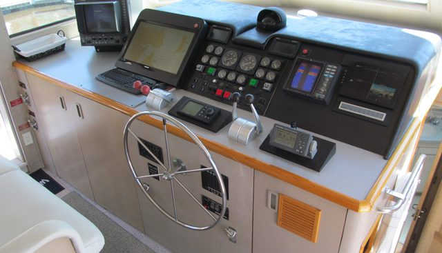 LaBelle Charter Yacht - 6