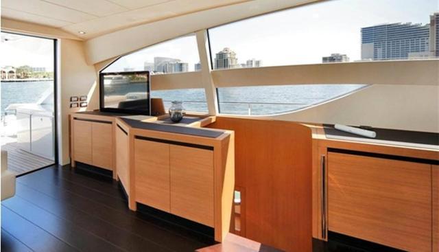 Press Buy Charter Yacht - 4