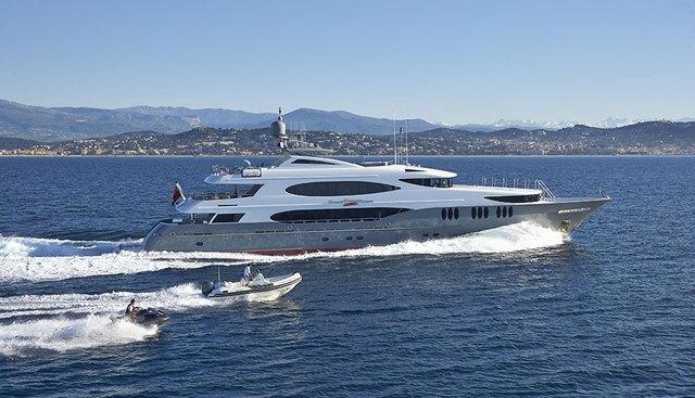 Zoom Zoom Zoom Charter Yacht