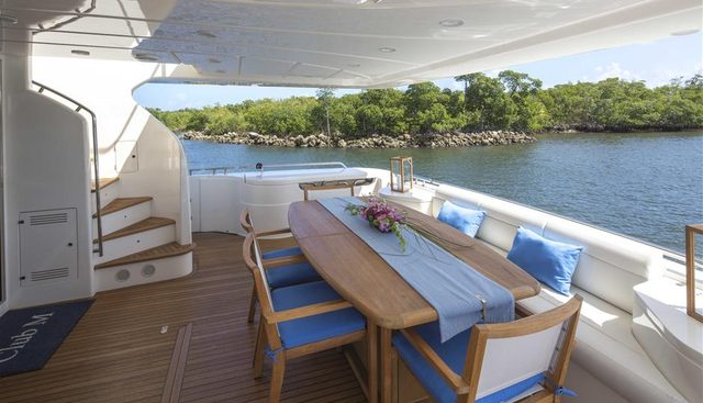 Crystal Parrot Charter Yacht - 2