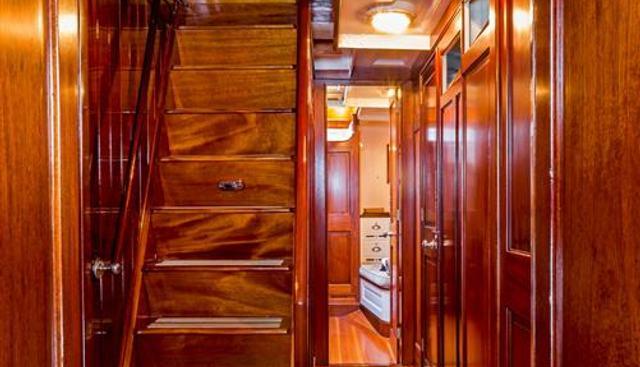 Mariquita Charter Yacht - 7