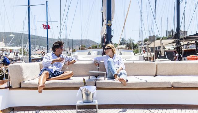Papa Joe Charter Yacht - 3