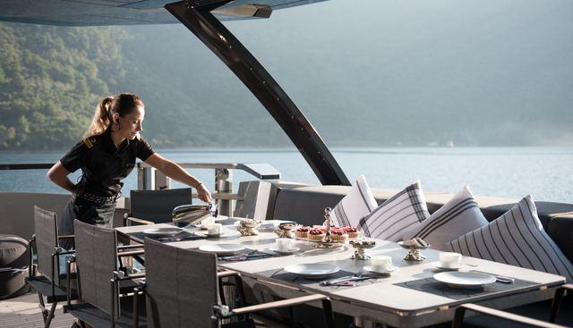FX Charter Yacht - 4