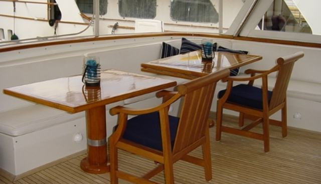 Dozer II Charter Yacht - 4