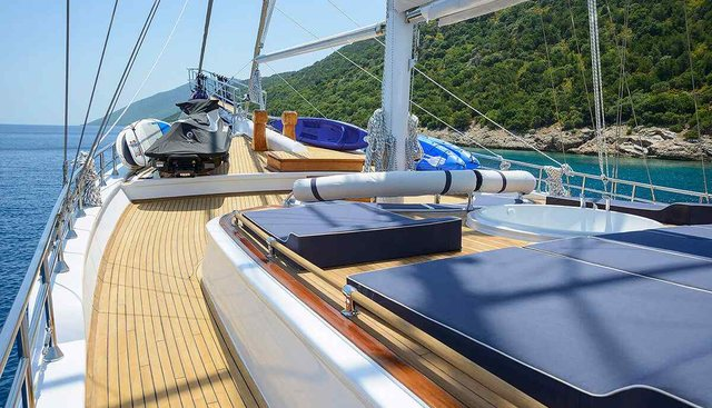 Bella Mare Charter Yacht - 7