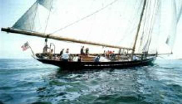Bloodhound Charter Yacht