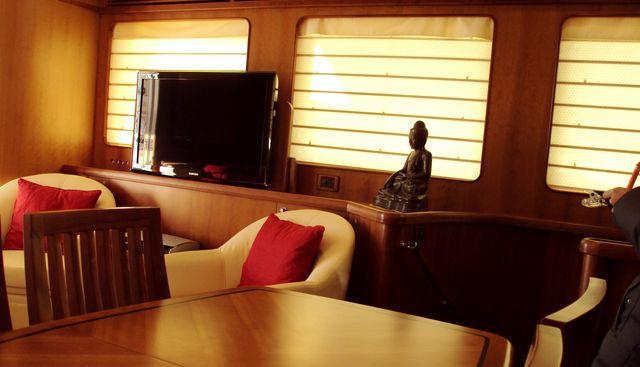 Silver Fox Charter Yacht - 7