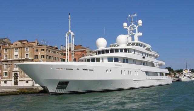 Tueq Charter Yacht