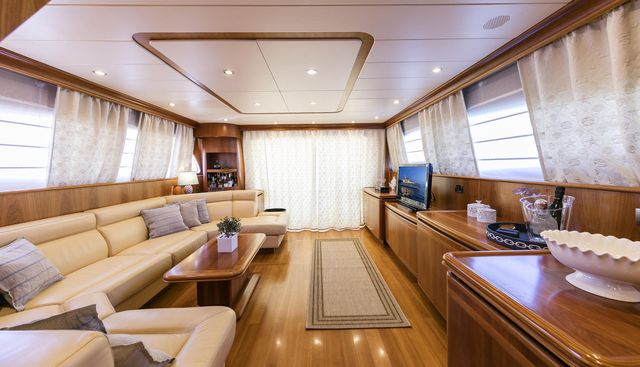 Gorgeous Charter Yacht - 5