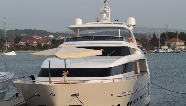 Lya Charter Yacht