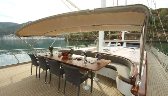 Queen Lila Charter Yacht - 5