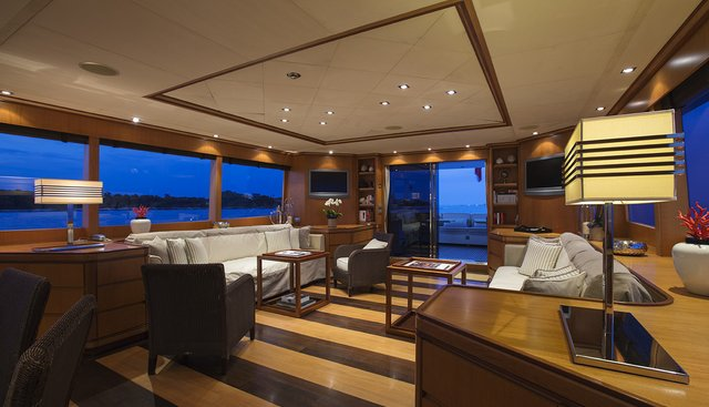 Cappuccino Charter Yacht - 8