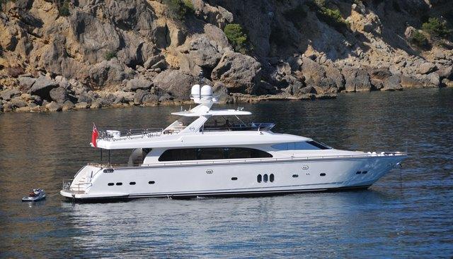 Santa Valentina Charter Yacht
