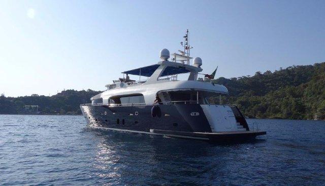 Le Pacha Charter Yacht - 4