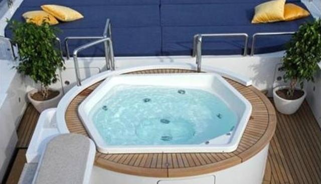 Akira One Charter Yacht - 4