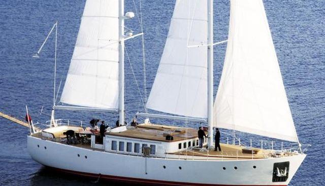 Diva Charter Yacht