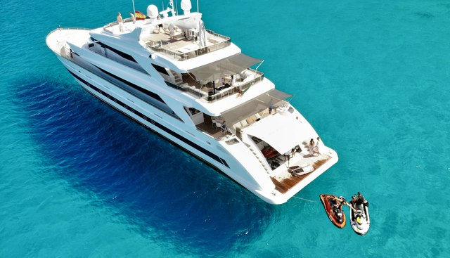 Villa sur Mare Charter Yacht - 2