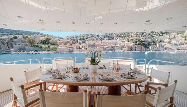 Beija Flore Charter Yacht - 4