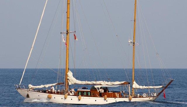 Wayfarer A Charter Yacht