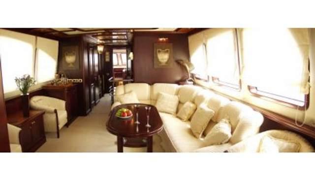Genesis Charter Yacht - 4