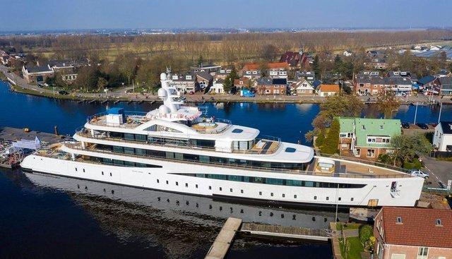 Viva Charter Yacht