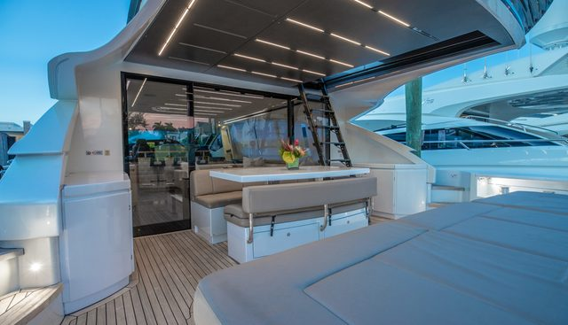 Milagros Charter Yacht - 3