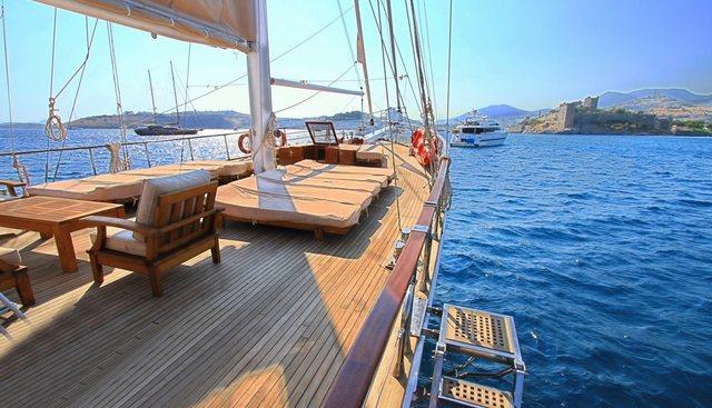 CEO III Charter Yacht - 2