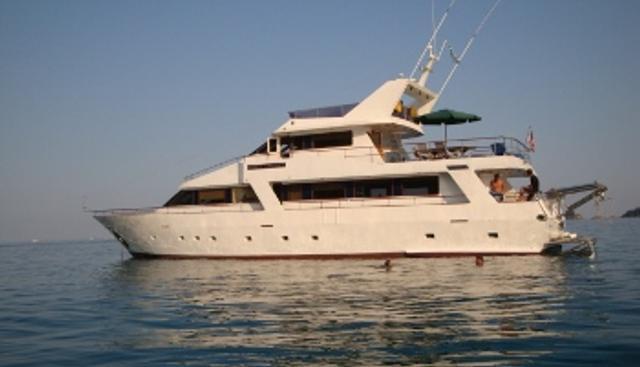 White Liberty Charter Yacht - 3