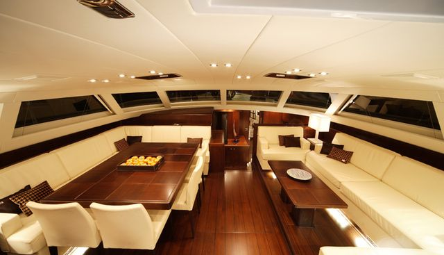 Far and Wide Charter Yacht - 5