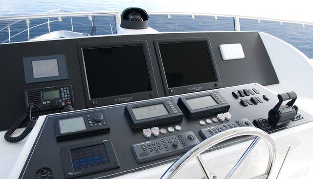 Nauti Buoys Charter Yacht - 3