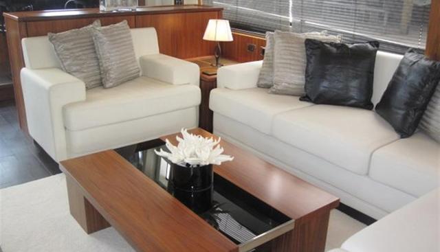Elizabeth D Charter Yacht - 8