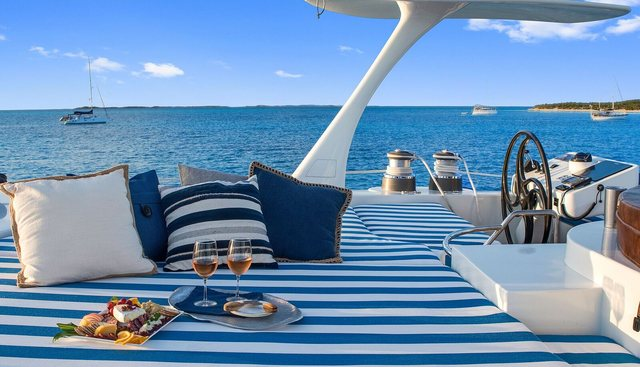 Blue Gryphon Charter Yacht - 3
