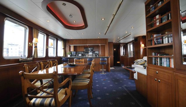 Devils Advocate Charter Yacht - 7