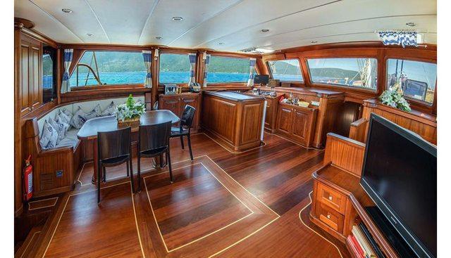 Dea Del Mare Charter Yacht - 5